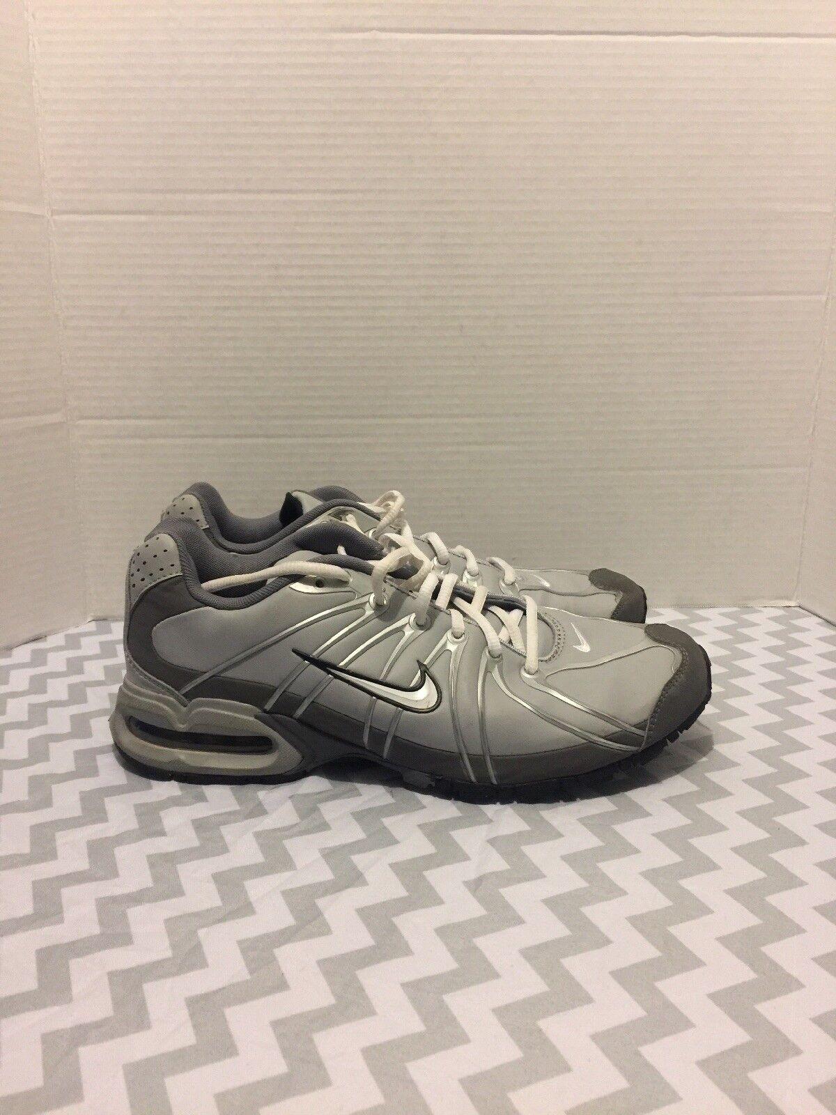 Nike Womens Air Max Size 9.5