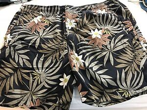 Mens-Tommy-Bahama-Relax-Black-floral-Swim-Trunks-XL-2-side-1-back-pockets