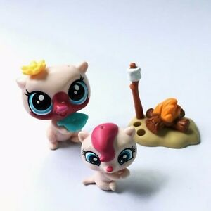 littlest pet shop lps in the city mommy and baby otter