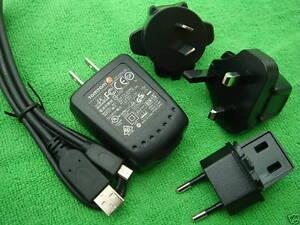 ORIGINAL-TomTom-USB-Home-Charger-AC-Adapter-GO-1000-2405TM-1505TM-2535TM-2505TM
