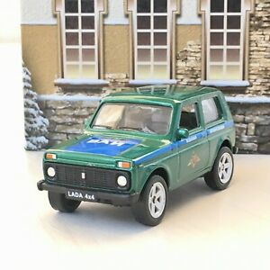 Welly LADA NIVA 4x4 Russian Military Special Car 1:60 Scale Die-Cast Metal NEW