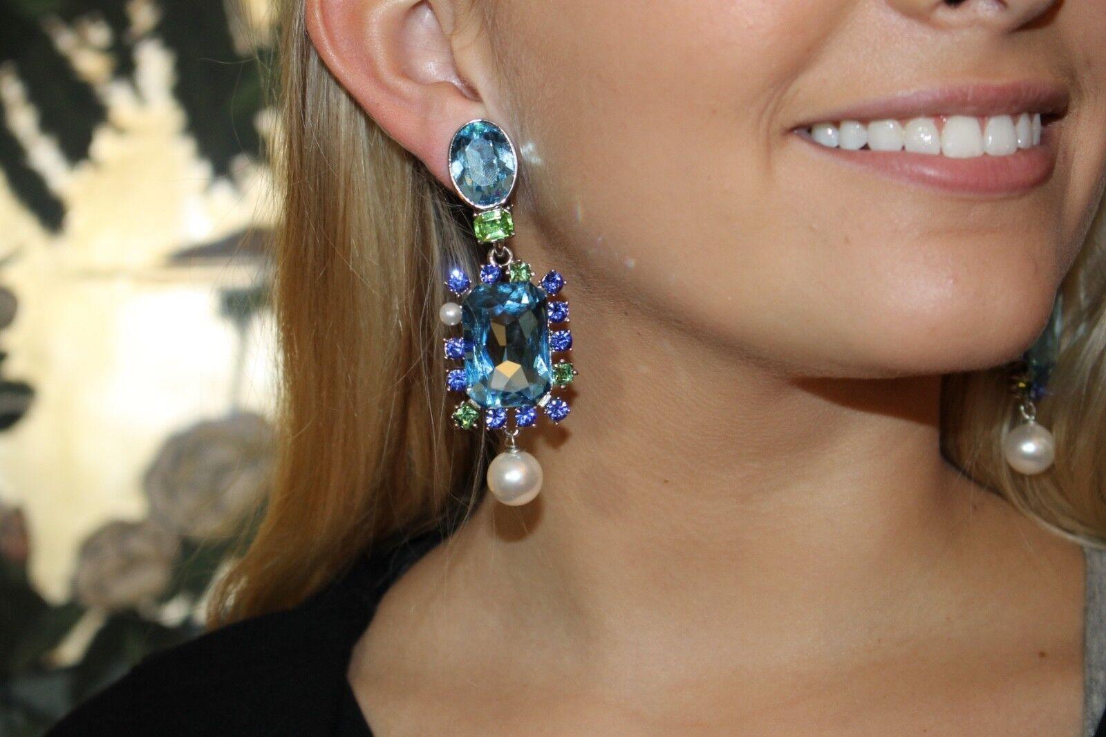 Oscar de la Renta Bold Crystal Embellished Clip On Earrings Stunning bluee