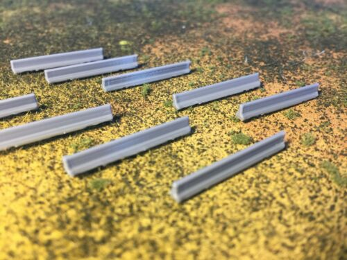 """Set of 10 Precast Concrete Temporary Barriers N Scale 1:160 /"""" Jersey Barrier /"""""""