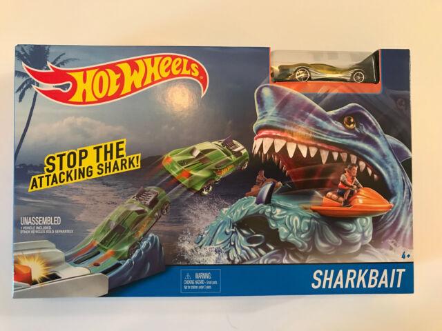 Hot Wheels Shark Bait Race Track Play Set With 1 Car Included