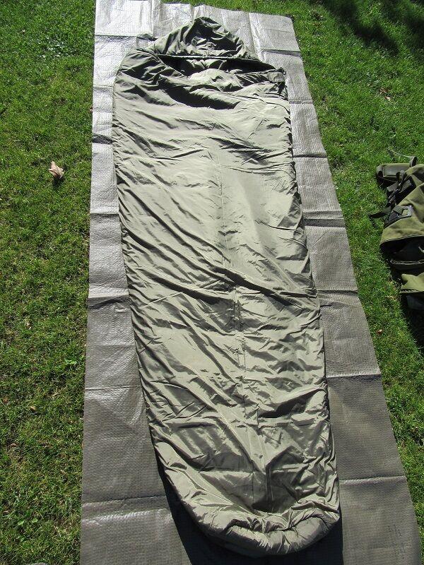 Dutch Army  modular sleep system,  defense 4 + tropen  FEC. Size XL  zero profit