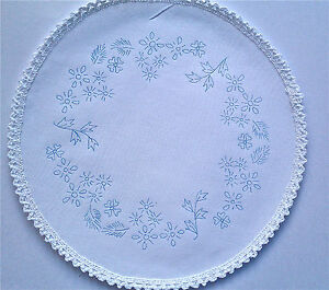 Printed-to-Embroider-Table-Centre-summer-Flowers-circle-with-lace-boarder-CS0024
