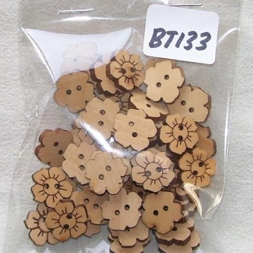 BATCH 2//3 2.5 CM LOTS TO CHOOSE FROM 50 FLOWER//ROUND DECORATIVE BUTTONS 8MM