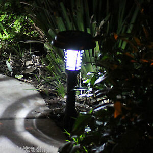 Solar Mosquito Killer Lamp Insect Bug Fly Pest Zapper Light Sensor for Lawn NEW