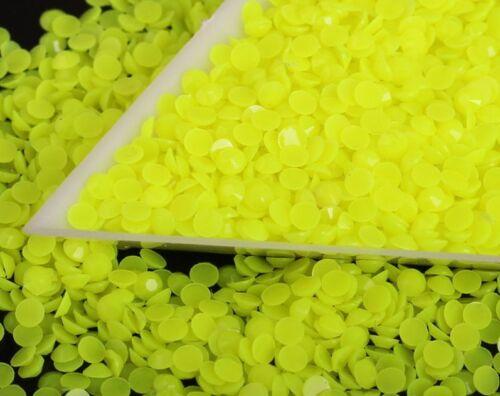 2gr strass color giallo fluo opaco da incollare misura 3mm circa 330pz strass