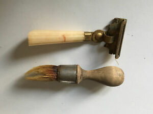 Vintage-Eversharp-Schick-Injector-Gold-Tone-Celluloid-Razor-With-Brush