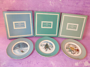 AVON WEDGWOOD Christmas Scene Collector Plates England 8.75 In Lot of 3 Vintage