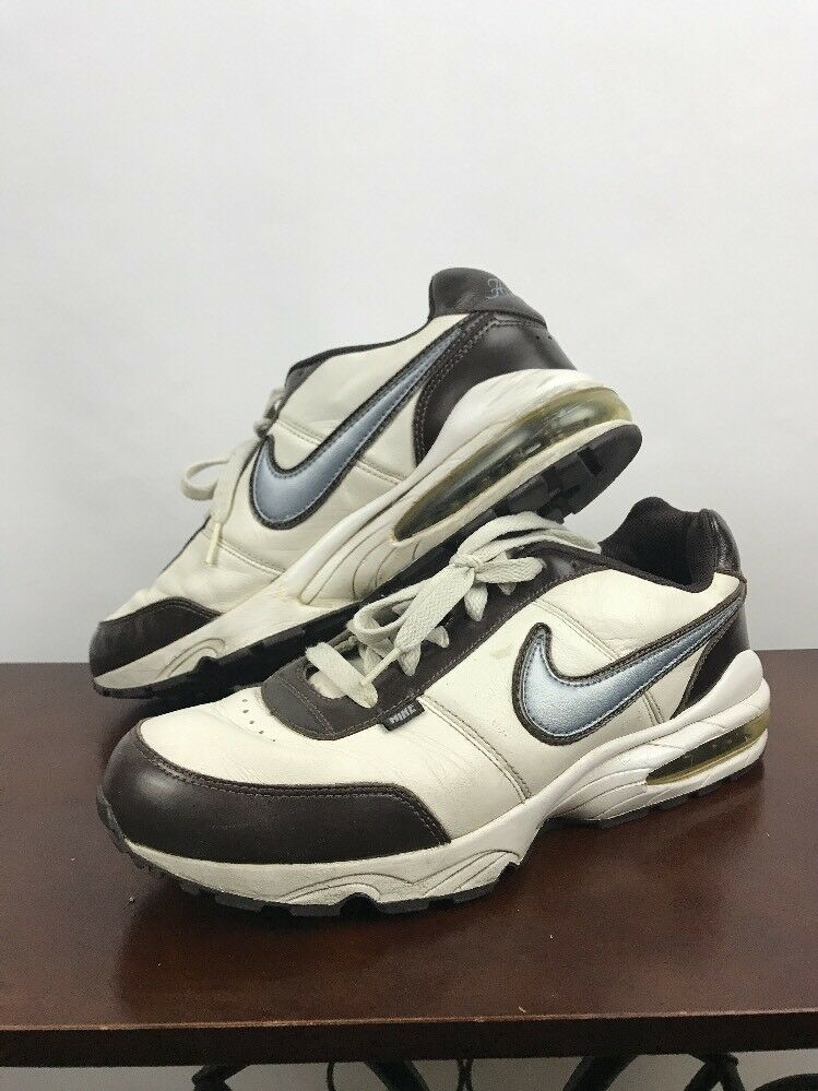 pre owned Nike Air Max classic men's size 11 white brown