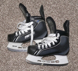 Trastorno Oblongo Suavemente  Nike Bauer Supreme One05 Youth Hockey Ice Skates 3 R Shoe Size U.S 4 | eBay