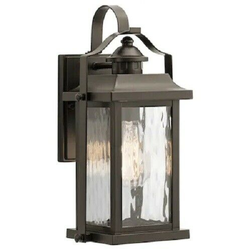 Kitchler Linford Outdoor Wall Lantern Bronze Clear wave Glass 39456