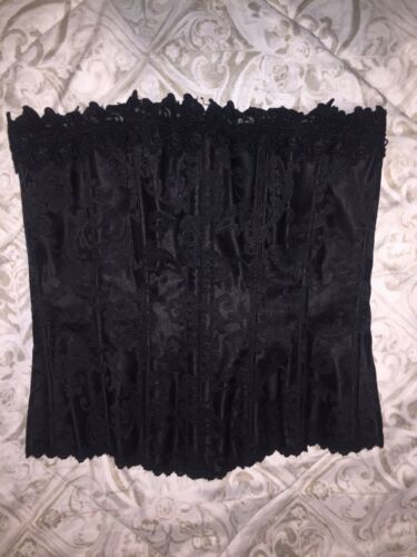 Corsets Lot Of 3 Color: Black Size: 34 And Large