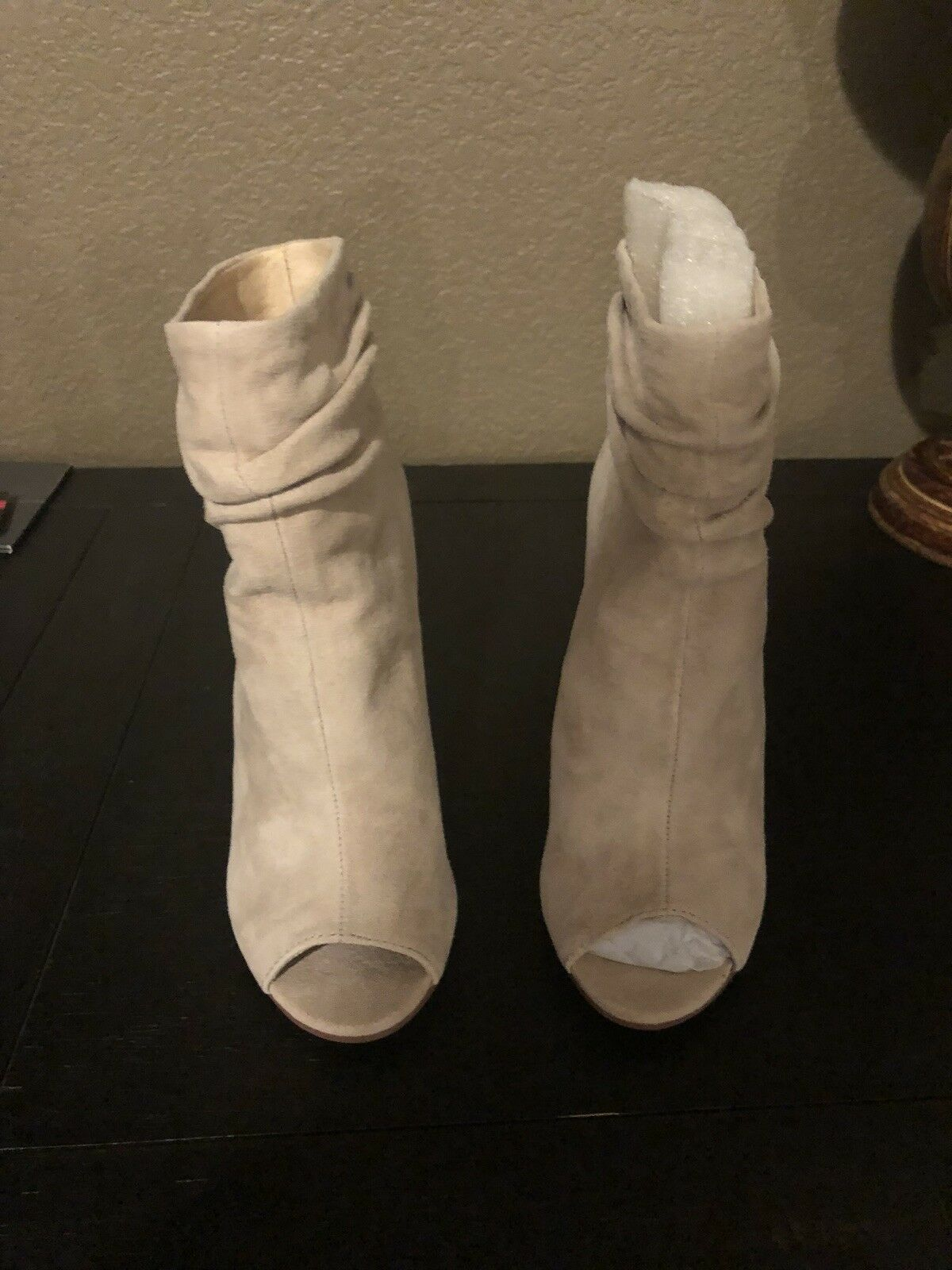 chinese laundry tan boots size 5.5