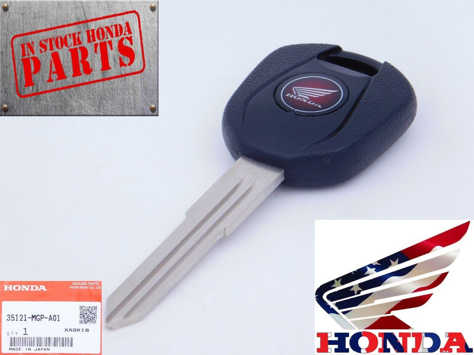 MC Motoparts Black Square Key Keychain Wall Hooks Logo 2pcs For HONDA CBR600RR CBR1000RR Fireblade CBR 250RR 650F