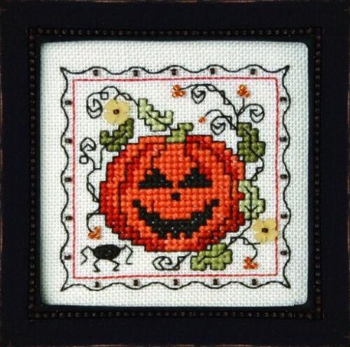 "/""Teenie Tiny Halloween III/"" Cross Stitch Pattern by THE SWEETHEART TREE"
