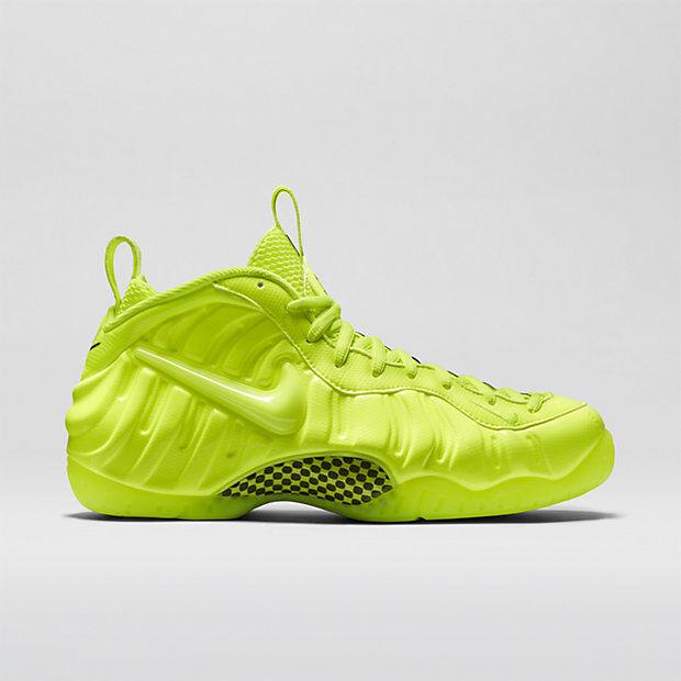 Nike Air Foamposite Volt size 13. 624041-700 jordan penny 1 2 3 4 5