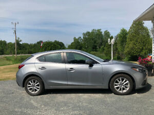 2015 Mazda 3 GS Sport - Low KM