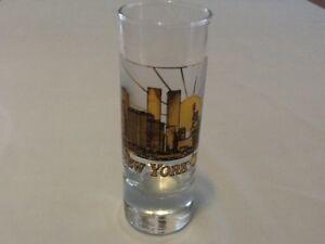 New-York-City-Shot-Glass-Twin-Towers-Statue-of-Liberty-Skyline-Gold-Black