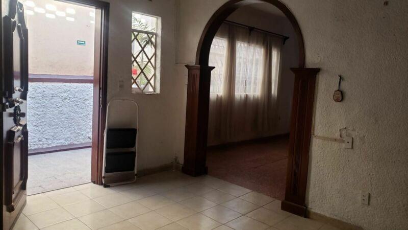 Renta Amplia Casa en Colonia Claveria