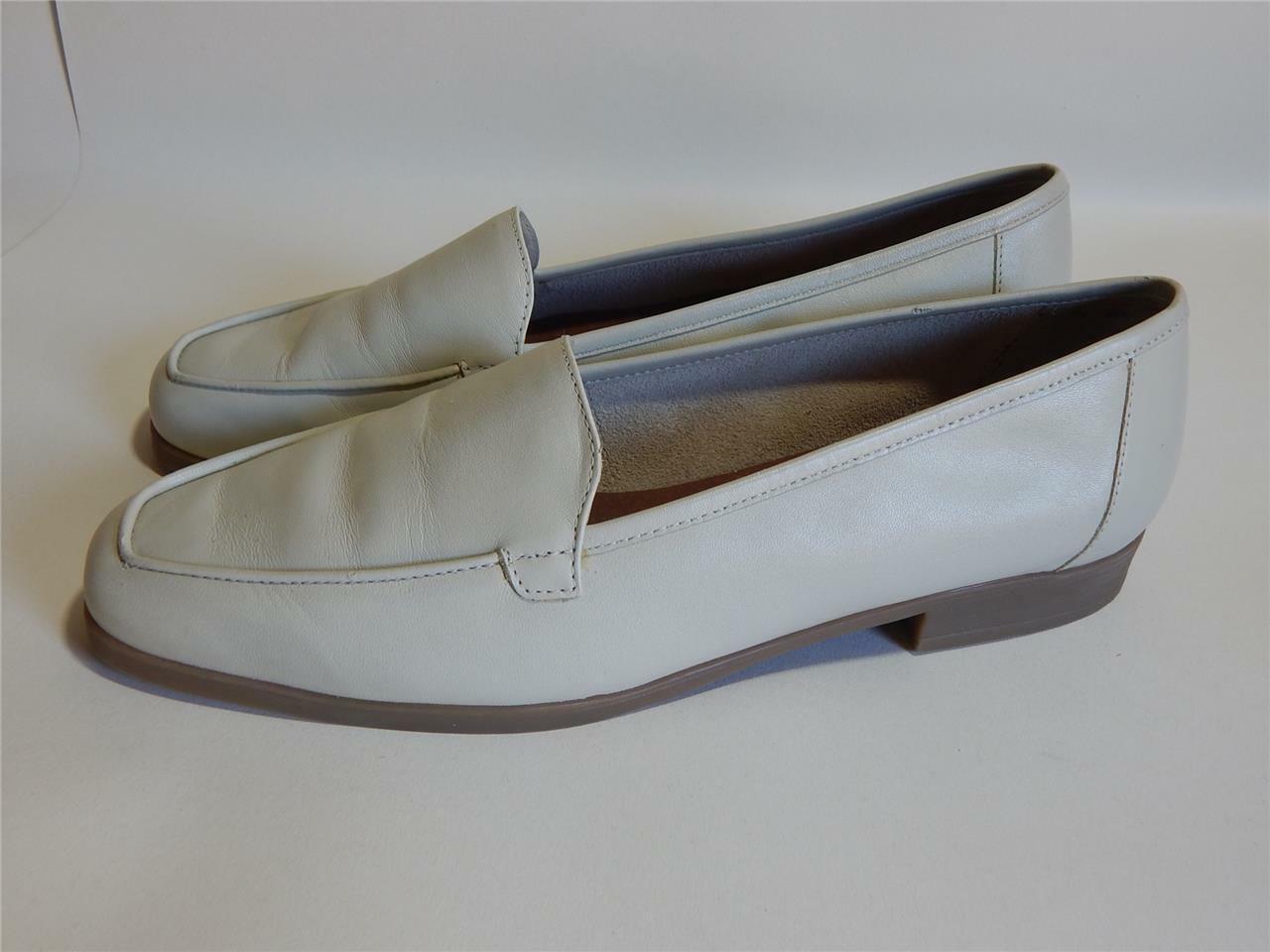 Clarks beige comfort soft leather Ladies Shoes Size 7.5 UK