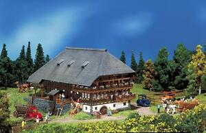 232258 Faller N-Scale 1:160 Kit of a Black Forest farmyard - NEW