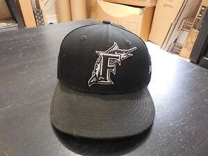1d32b5b11daa8 New Era Florida Marlins Fitted Hat Cap Size 7 Black White Florida ...