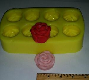 Small Roses Soap & Candle Mold -8 cavities