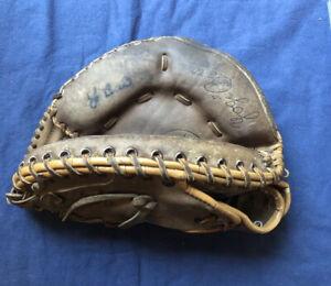 Yogi Berra Signed Spalding Glove Model 42-7517 Catcher's Mitt w/COA