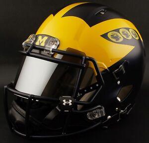 CUSTOM-MICHIGAN-WOLVERINES-Riddell-SPEED-Full-Size-Replica-Football-Helmet