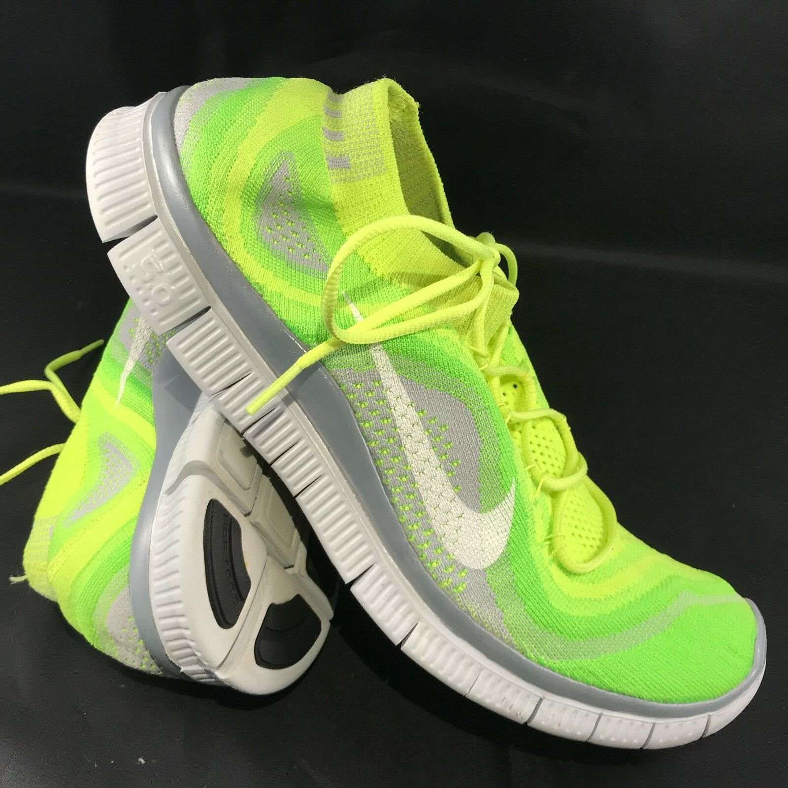 NIKE FLYKNIT FREE 5.0 Mens Size US 13 47.5 Volt/White-Electric Green-Wolf Grey