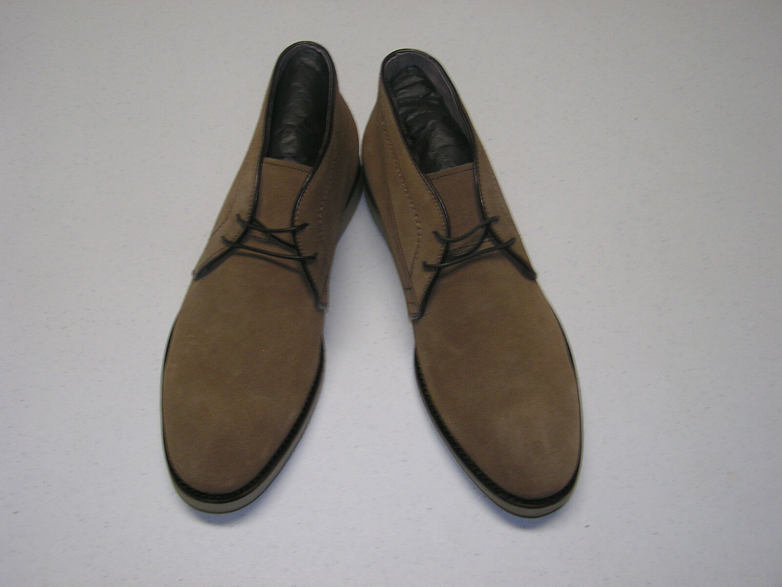 165 New in Box Joseph Abboud Harford Chukka boot in tan size 10.5 M