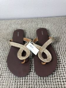 fa9053ebb8d OLD NAVY Women s Size 9 Slip On Gold Flip Flops Sandals New With Tag ...