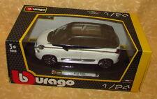 MODELLINO AUTO FIAT 500 L BIANCA E NERA BURAGO scala 1:24 cod.14089
