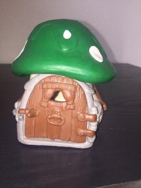 1978 Smurfs Green Roof Cottage Mushroom House Peyo Schleich Hong Kong