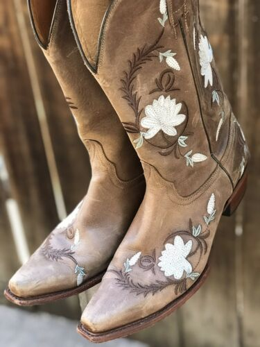 Shaynne Embroidered Womans Cowboy Boots Sz 10