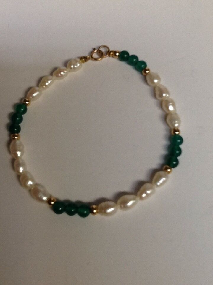 14kt FRESHWATER PEARL AND GREEN ONYX WITH 14k BEADS BRACELET NEW