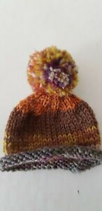 Pompom-Hat-With-Ear-Holes-And-Roll-Edge-For-Approx-7-1-8-7-7-8in-Bears