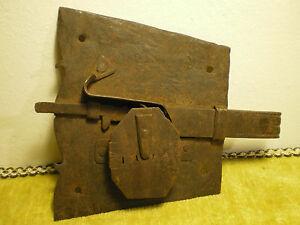 Credenza Con Chiavi : Antica serratura e chiave funzion. per porta dx da credenza toscana
