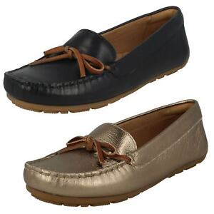 a3f9869362d1f7 Image is loading Clarks-Ladies-Moccasin-Style-Shoes-039-Dameo-Swing-