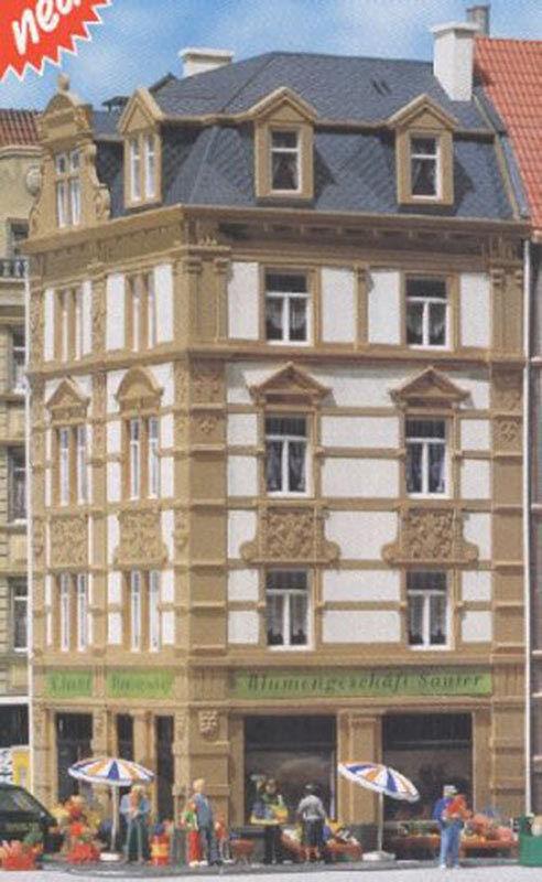 FtuttiER Goethstrasse 62 Town Cornerhouse modello Kit I HO Gauge 130916