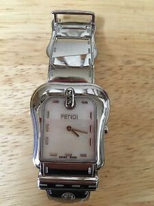 miglior sito web c1bf6 239b5 Details about fendi orologi buckle Pearl face watch
