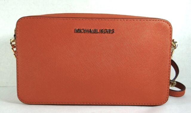 678709c955a Michael Kors Jet Set Travel Medium EW Crossbody Messenger Leather ...