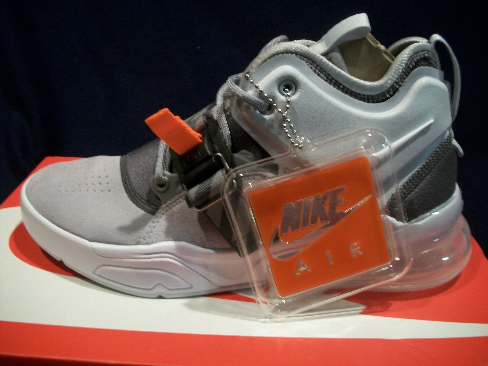 Nike air force 270 lupo grigio / bianco grigio scuro uomini scarpe ah6772 002 41