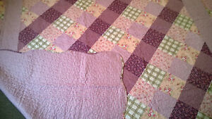 Shabby Chic Bedspread Throw Lilac Patchwork Design - NEW