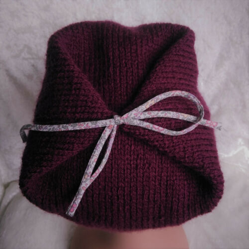 9a194e024e0 NEUF   BONNET béret fille tricoté main (6-12 MOIS) - EUR 10