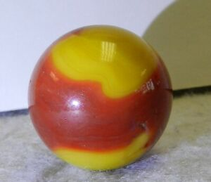 #10545m Large .97 Inches Vintage Akro Agate Corkscrew Shooter Marble