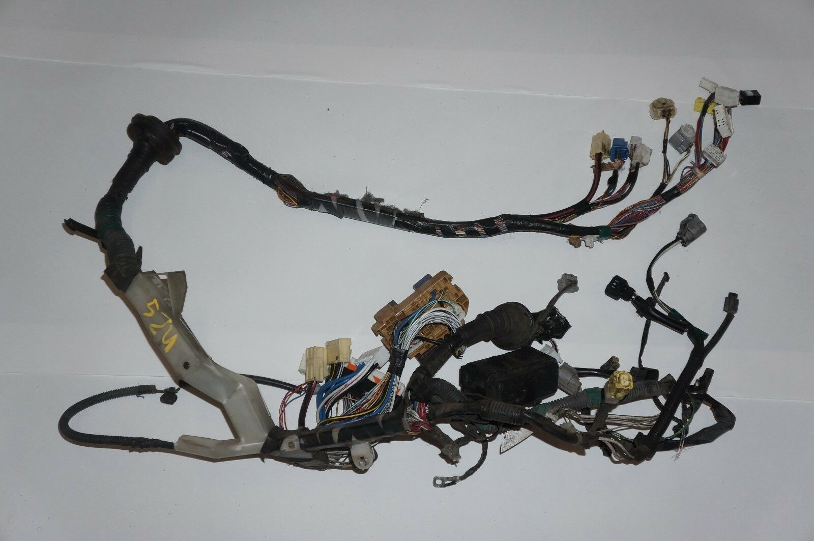 00-05 toyota celica gt 1zz-fe engine bay wiring harness left driver on